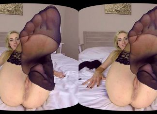 Foxies Gold Foot Fetish VR Porn