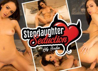 Stepdaughter Seduction VR Porn