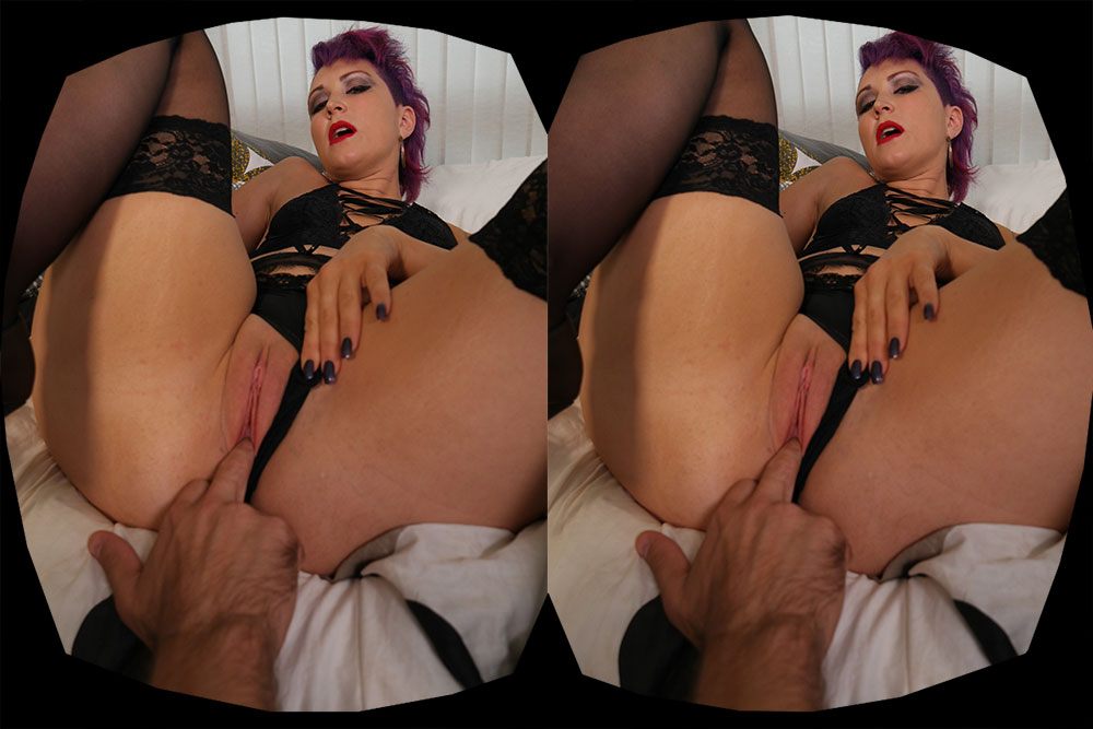 Lily Cums First! VR Porn