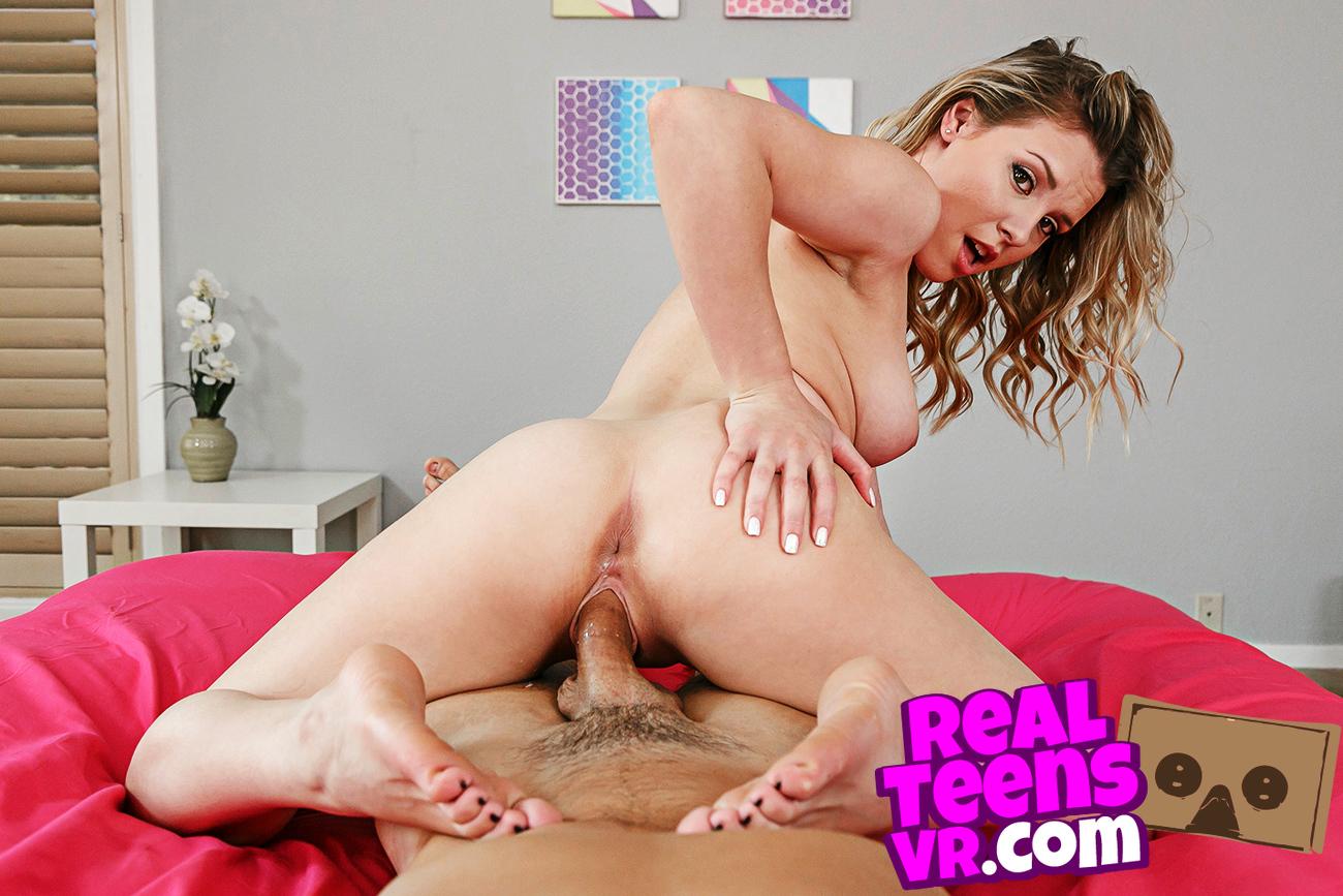 Aubrey Sinclair VR Porn