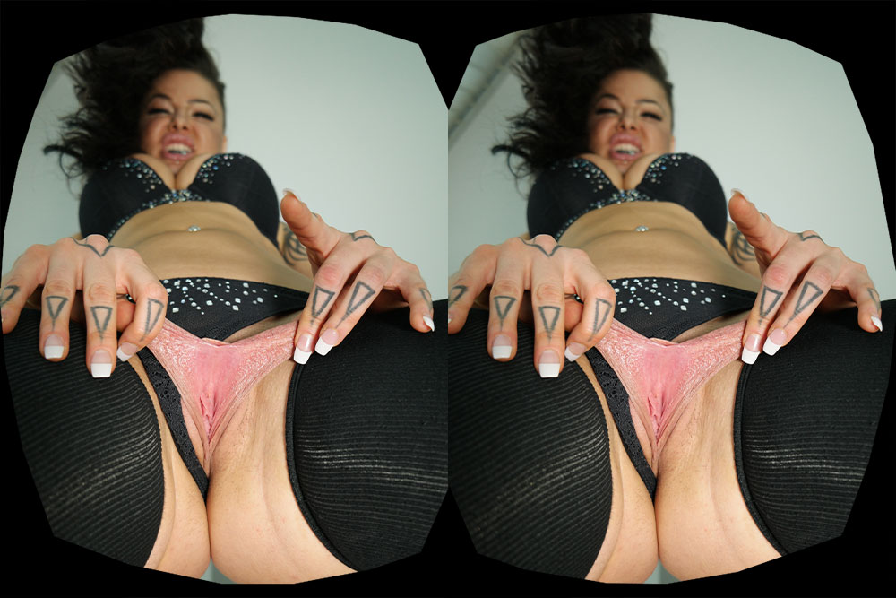 Spread Your Wings - Victoria Villain's 1st Time On Camera! VR Porn