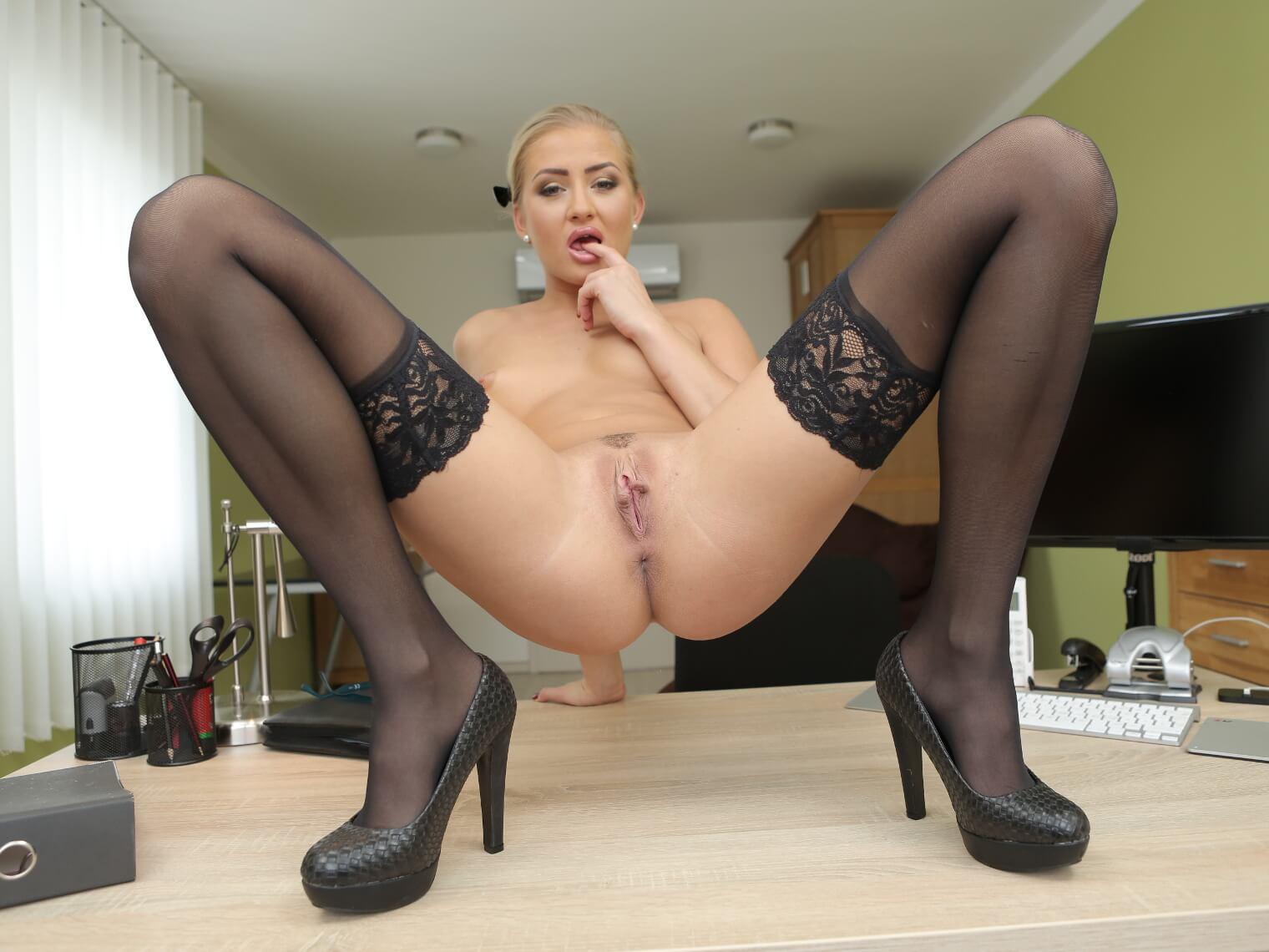 The Horny Secretary VR Porn