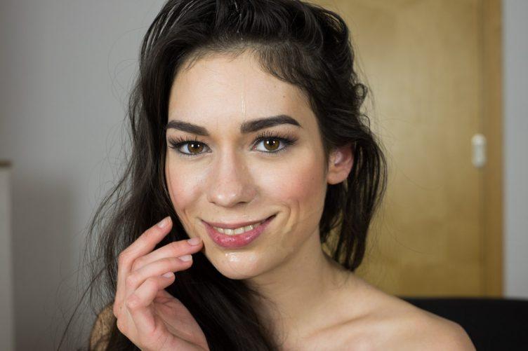 Arwen Gold Hardcore Casting VR Porn
