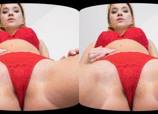 Angel Piaff Face-Sitting VR Porn