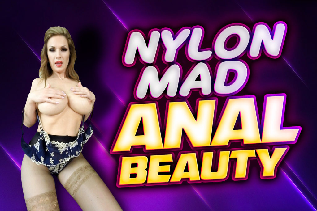 Nylon Mad Anal Beauty Carol Gold