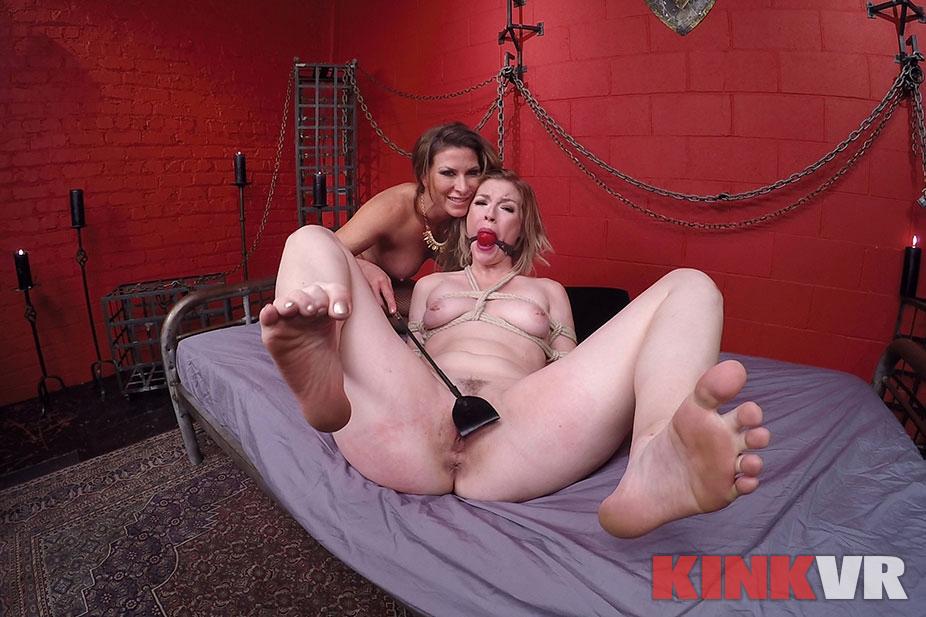 Ariel X and Ella Nova's Kinky Lesbian Sex Show