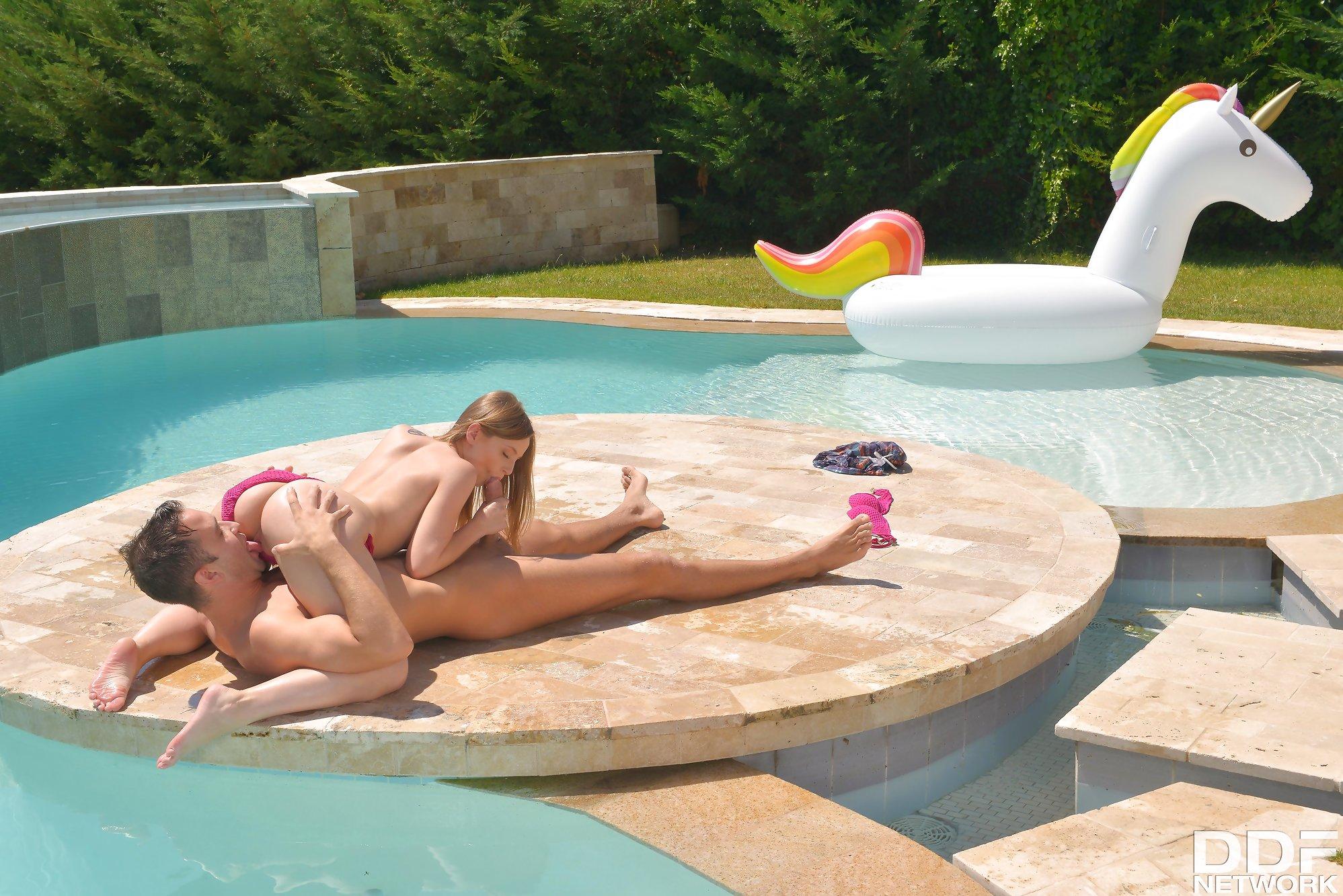 Hot Teen Banged: Hardcore Boy-Girl Fuck by the Pool