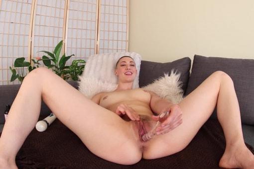 Iris Ives Multiple Orgasmic Squirter