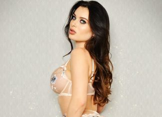 PSE - Lana Rhoades 2