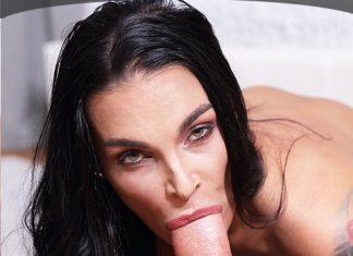 deepthroat with Sandra Sturm