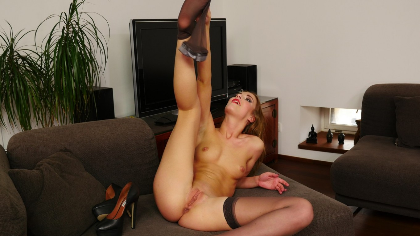 Passion For Pantyhose Alexis Crystal