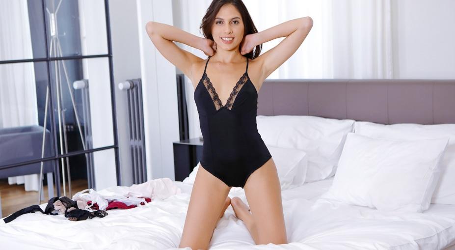 New lingerie! New orgasm!