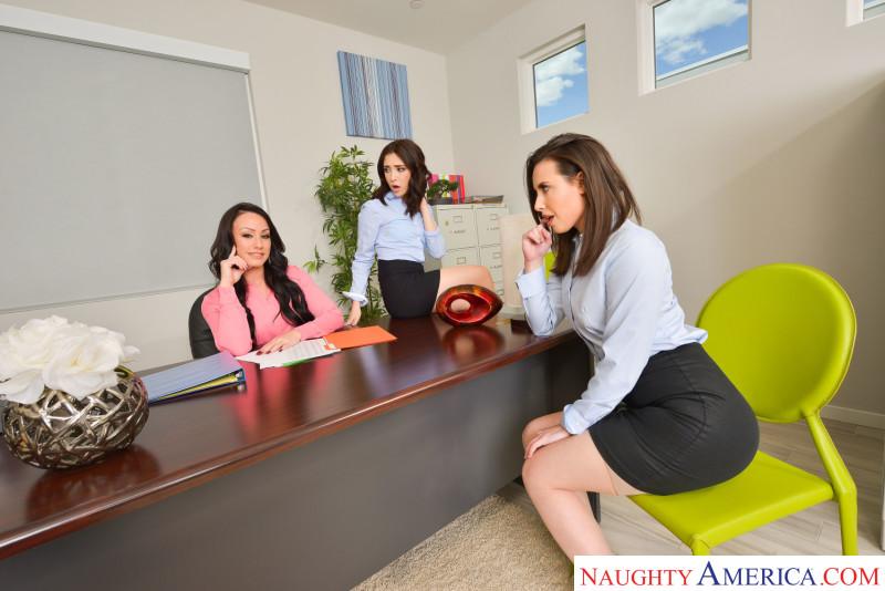 """Casey Calvert , Jane Wilde , Jennifer White in """"The Anal Office"""""""
